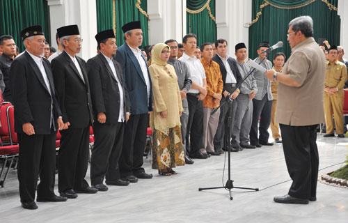 Gubernur Kukuhkan Pengurus BAZNAS Provinsi
